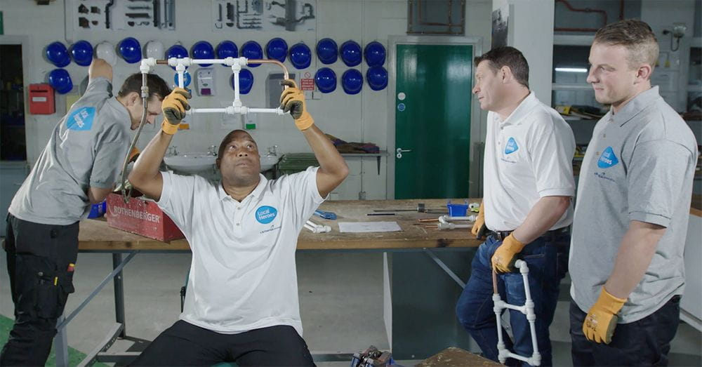 Image of John Barnes and Tony Cottee during the Local Heroes Challenge